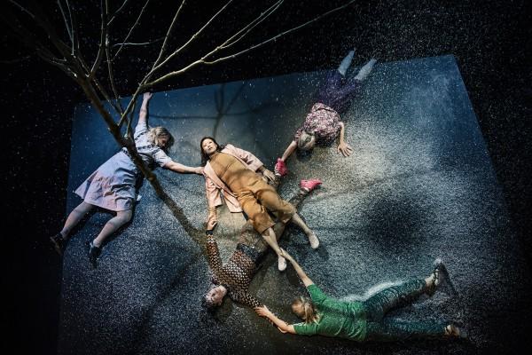 Defekt - Teater Grob - Foto: Emilia Therese